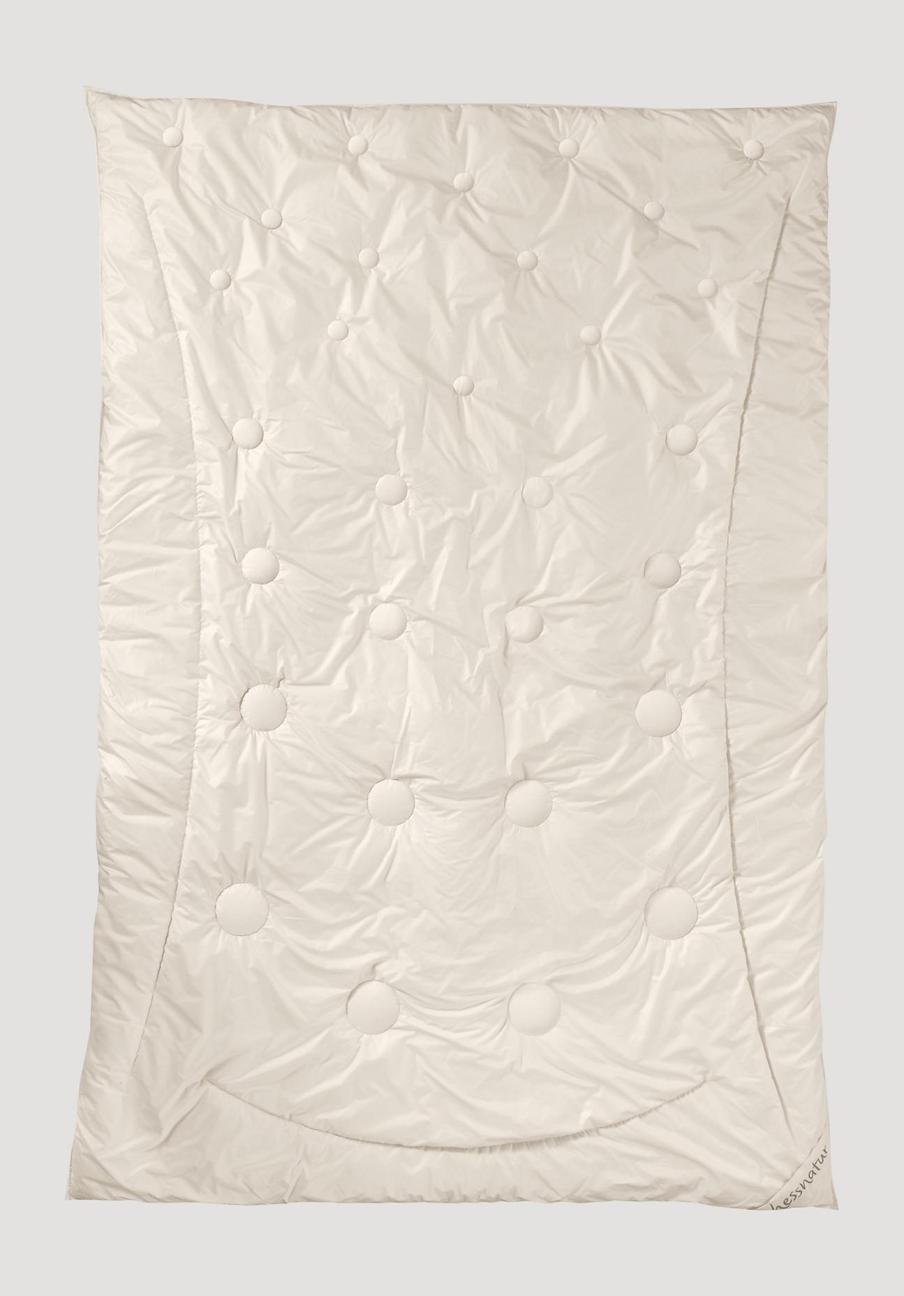 hessnatur 3-Zonen-Bettdecke mit Gobi Altai-Schurwolle – naturfarben – Größe 135x200 cm Füllung 1400g