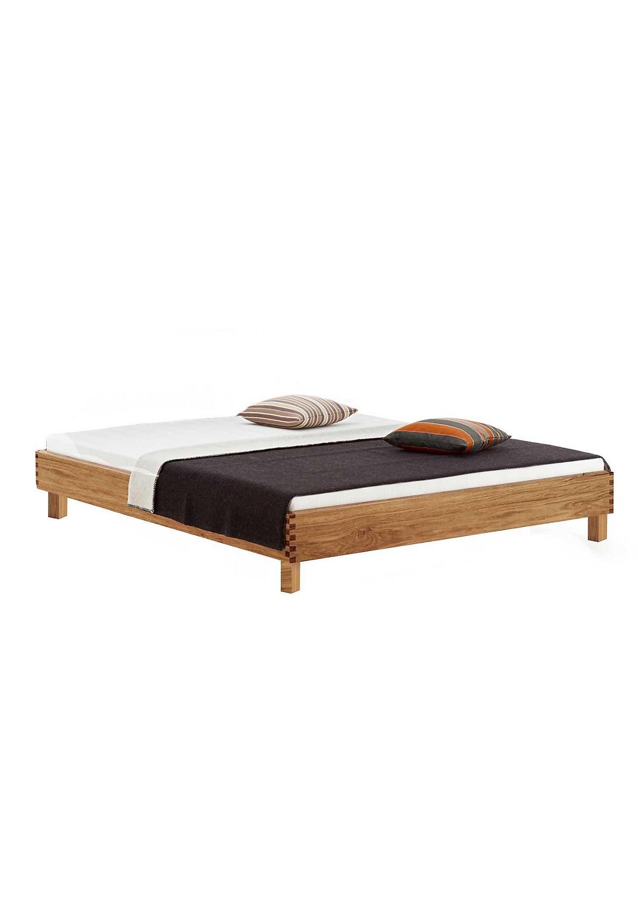 produktdetails f r bett step x mit holzbeinen. Black Bedroom Furniture Sets. Home Design Ideas