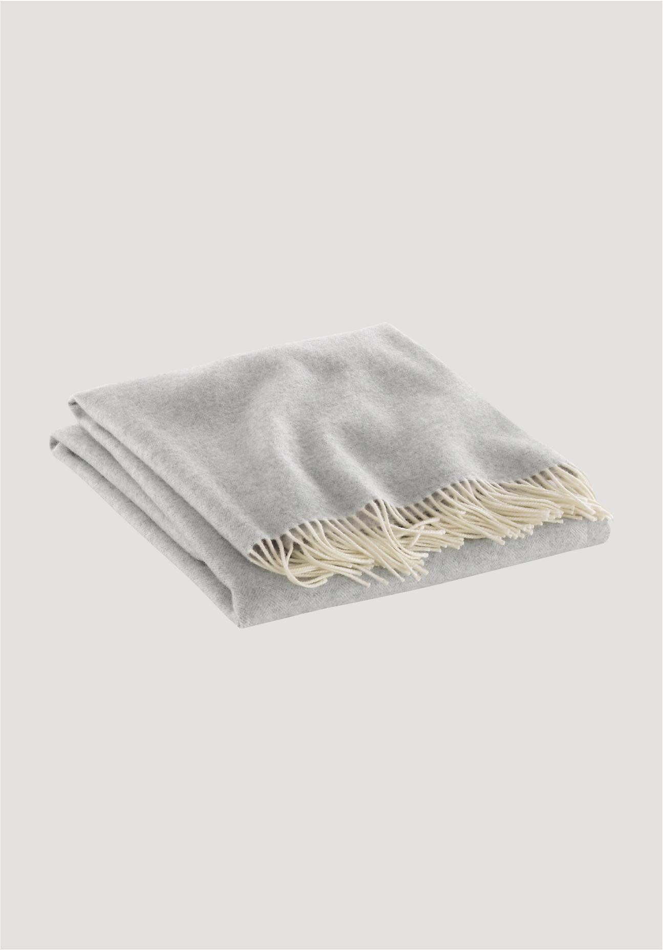 hessnatur Decke Davos aus Kaschmir und Merinowolle – grau – Größe 150x220 cm