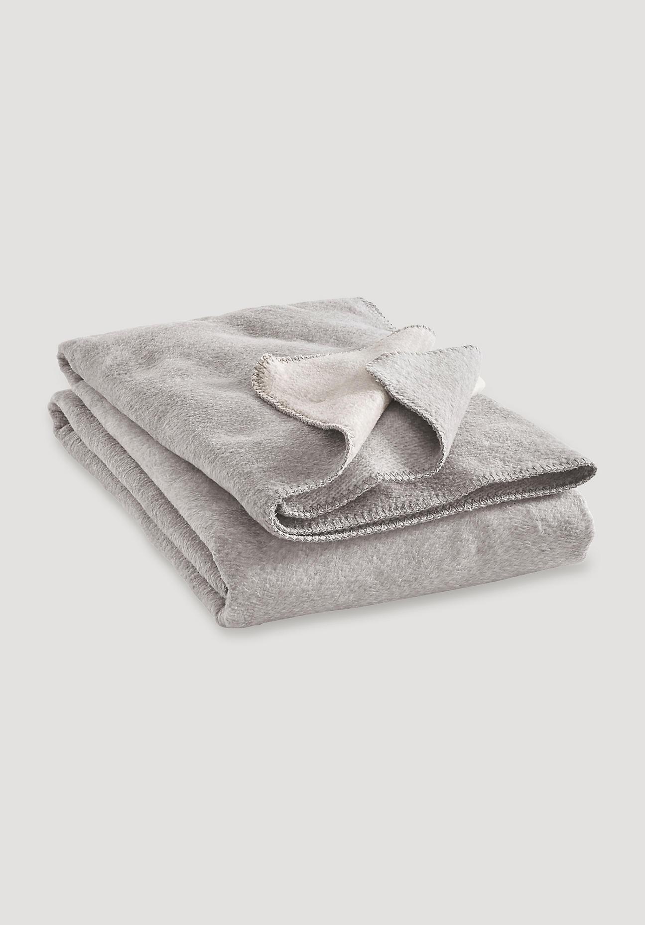 hessnatur Decke Malmö aus Bio-Baumwolle – grau – Größe 150x180 cm