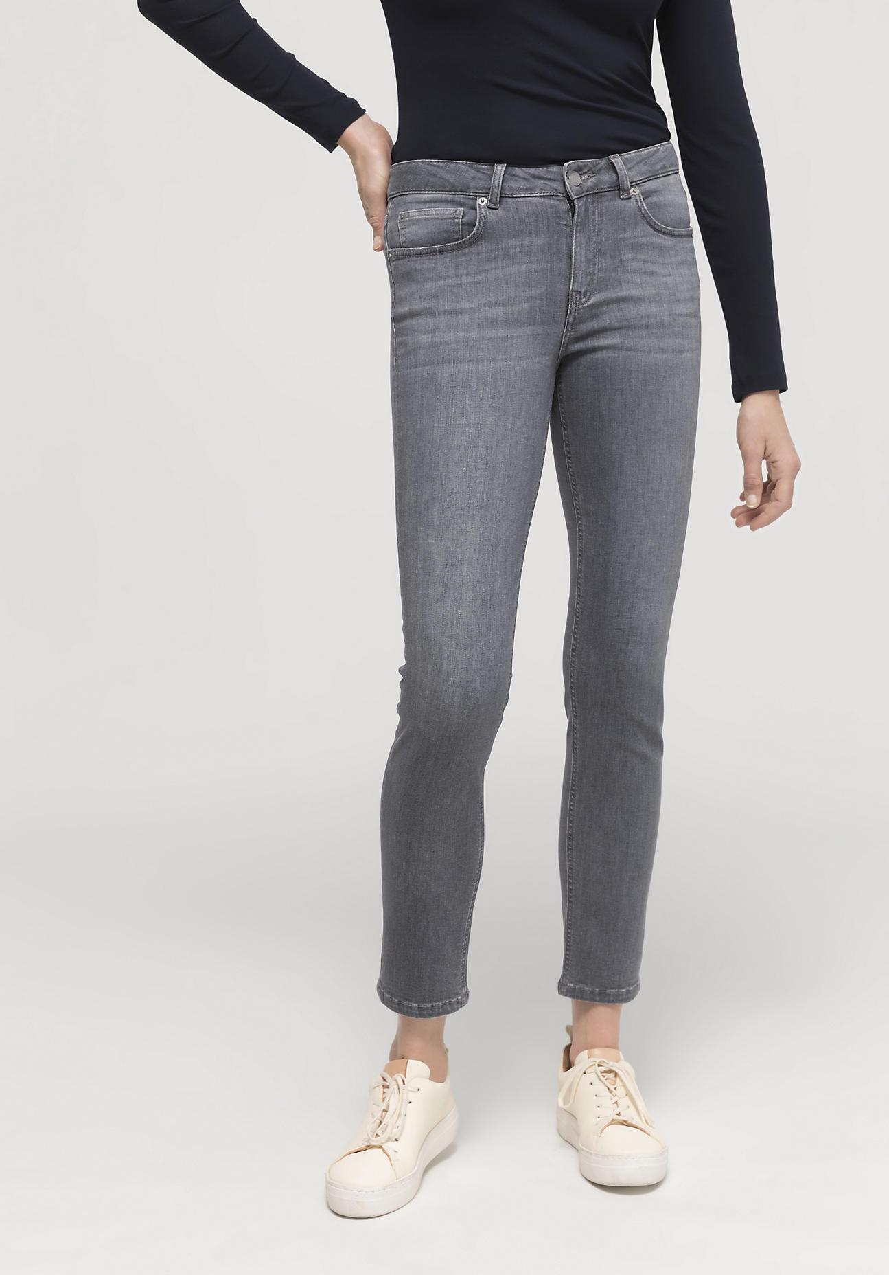 hessnatur Damen Jeans Lea Slim Fit aus Bio-Denim - grau Größe 30/30