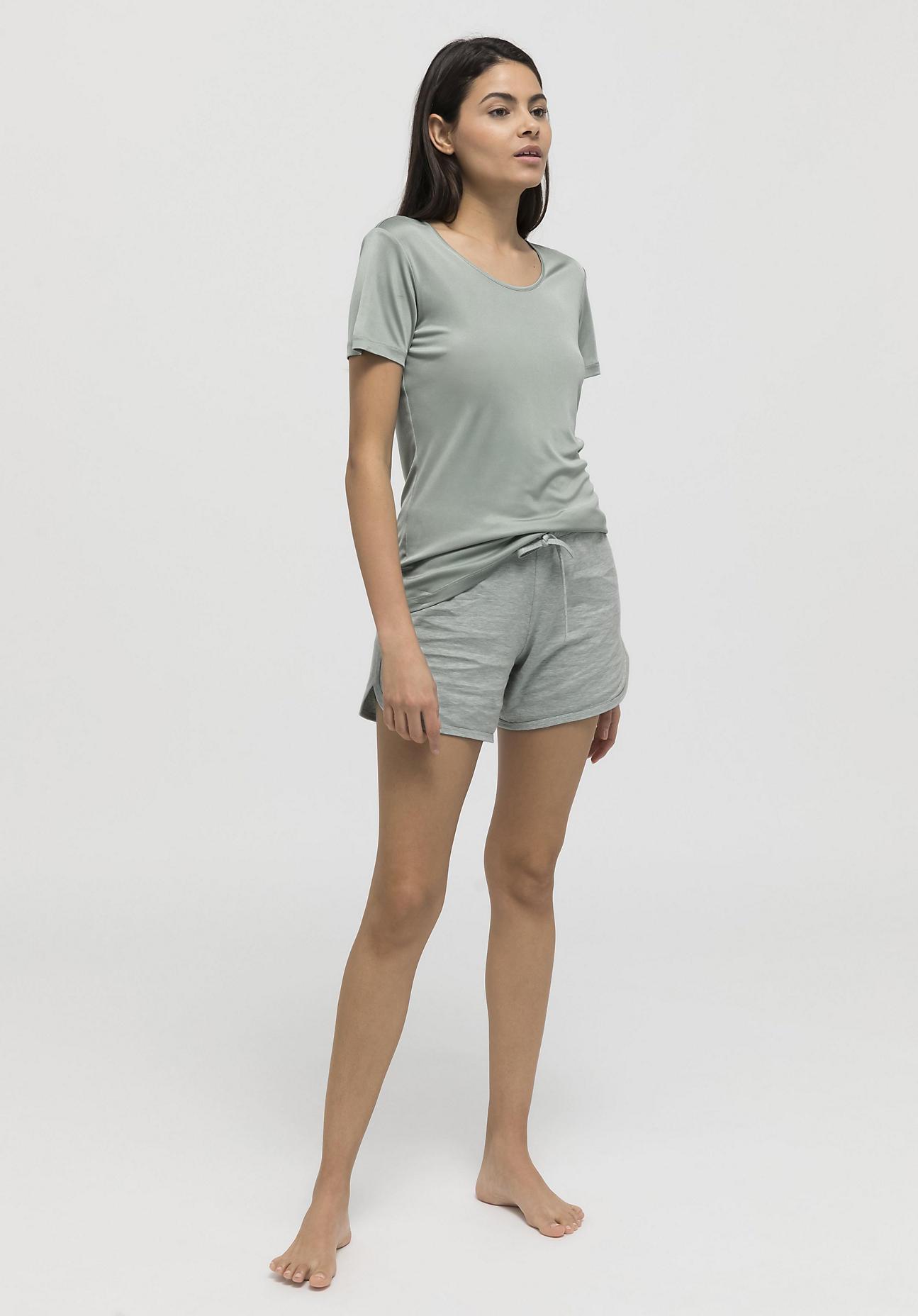 hessnatur Damen Kurzarmshirt aus Bio-Seide - grün Größe 40