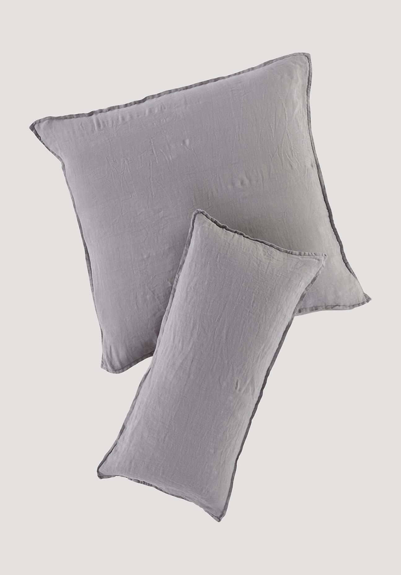 hessnatur Leinen-Kissenbezug – grau – Größe 80x80 cm