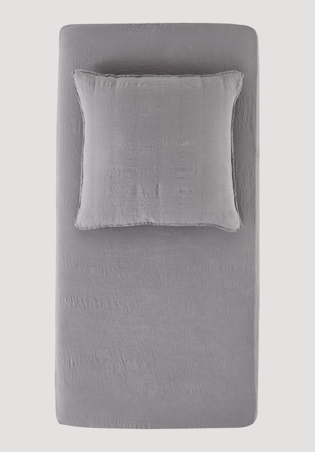hessnatur Leinen-Spannbettlaken – grau – Größe 180-200x200 cm