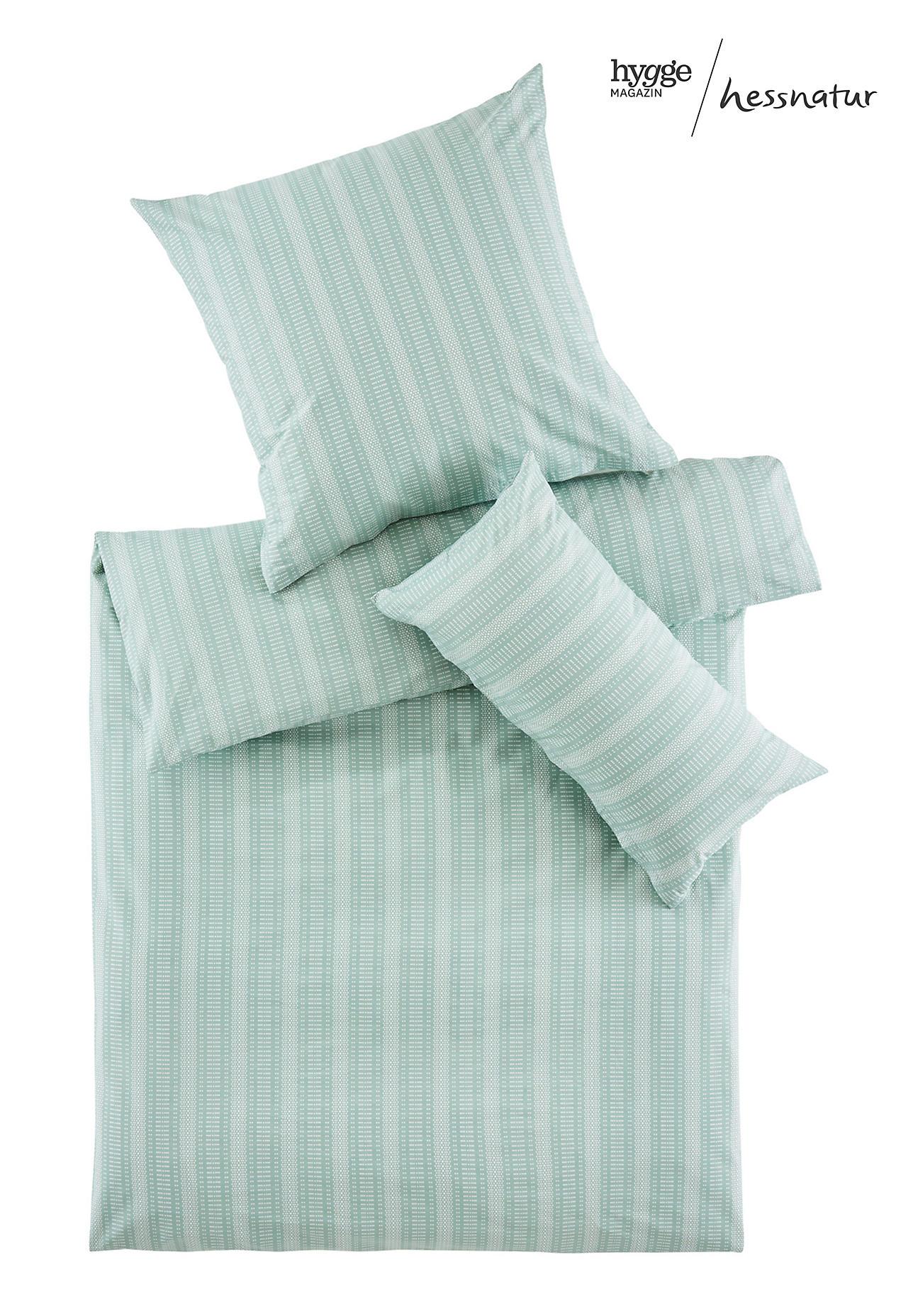 hessnatur Perkal-Bettwäsche Triana aus Bio-Baumwolle – grün – Größe 135x200+40x80 cm