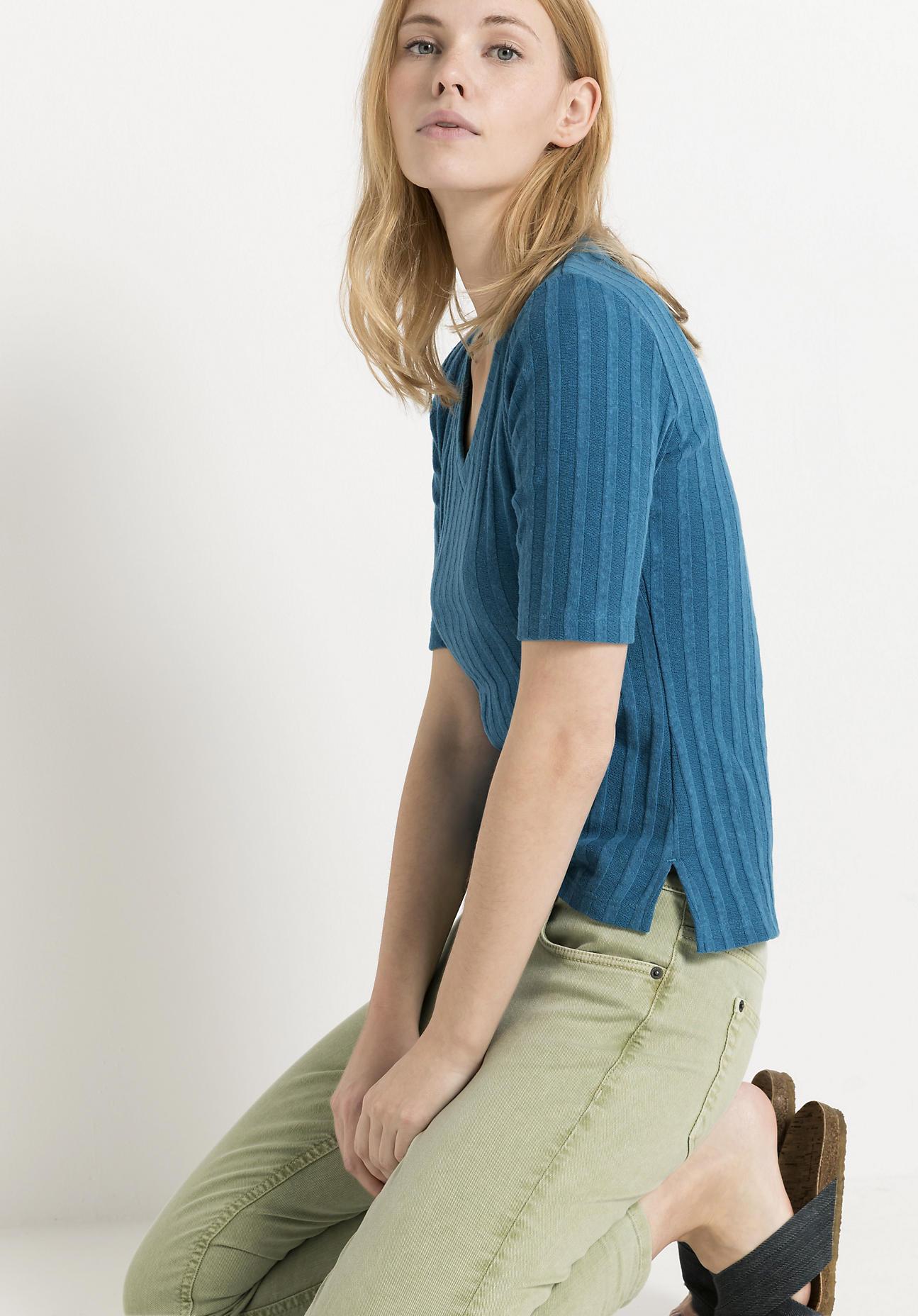 hessnatur Damen Rippshirt aus Bio-Baumwolle mit Hanf - blau Größe 46