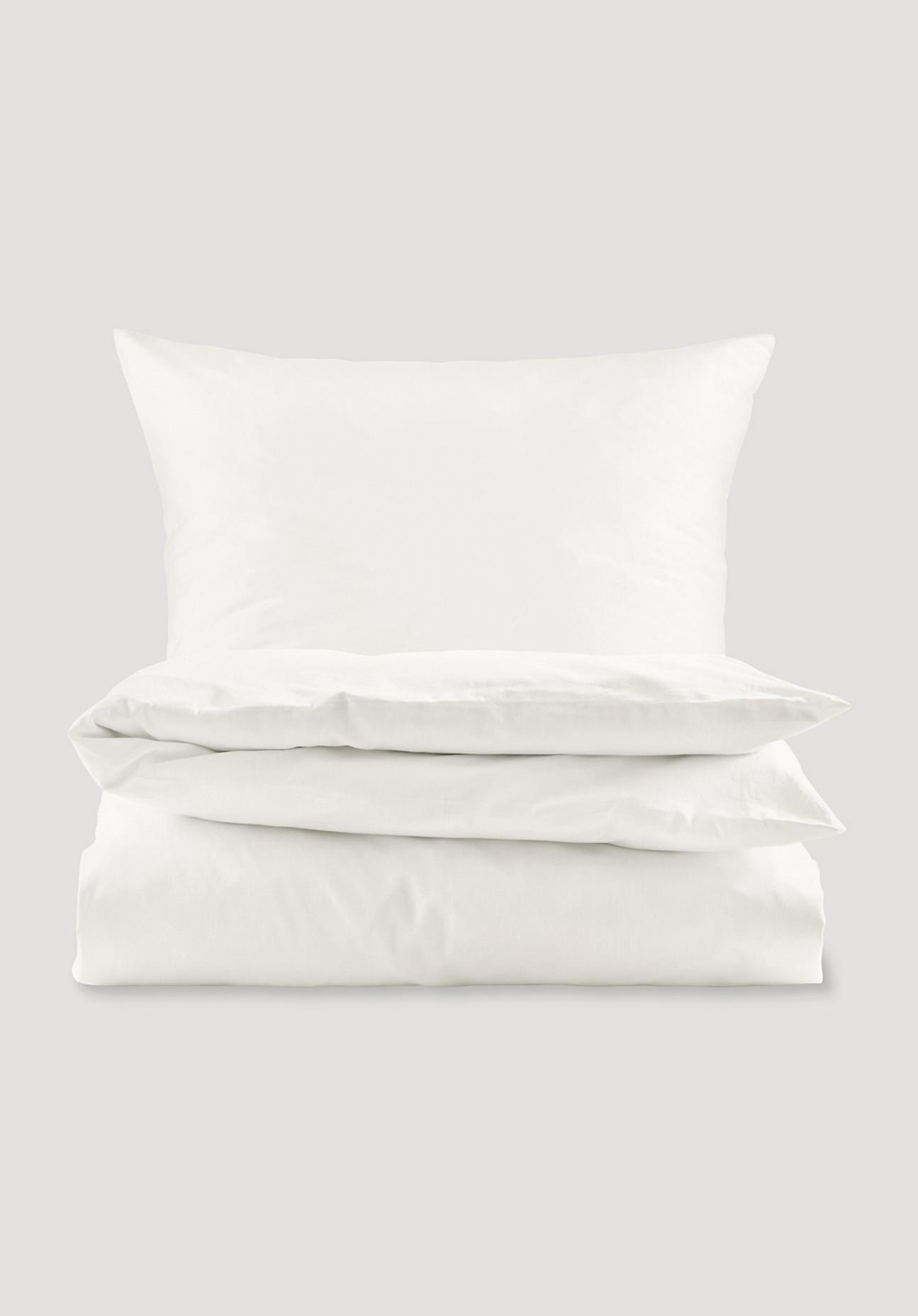 Hessnatur Satin Bettwäsche Onda Aus Bio Baumwolle Lila Größe