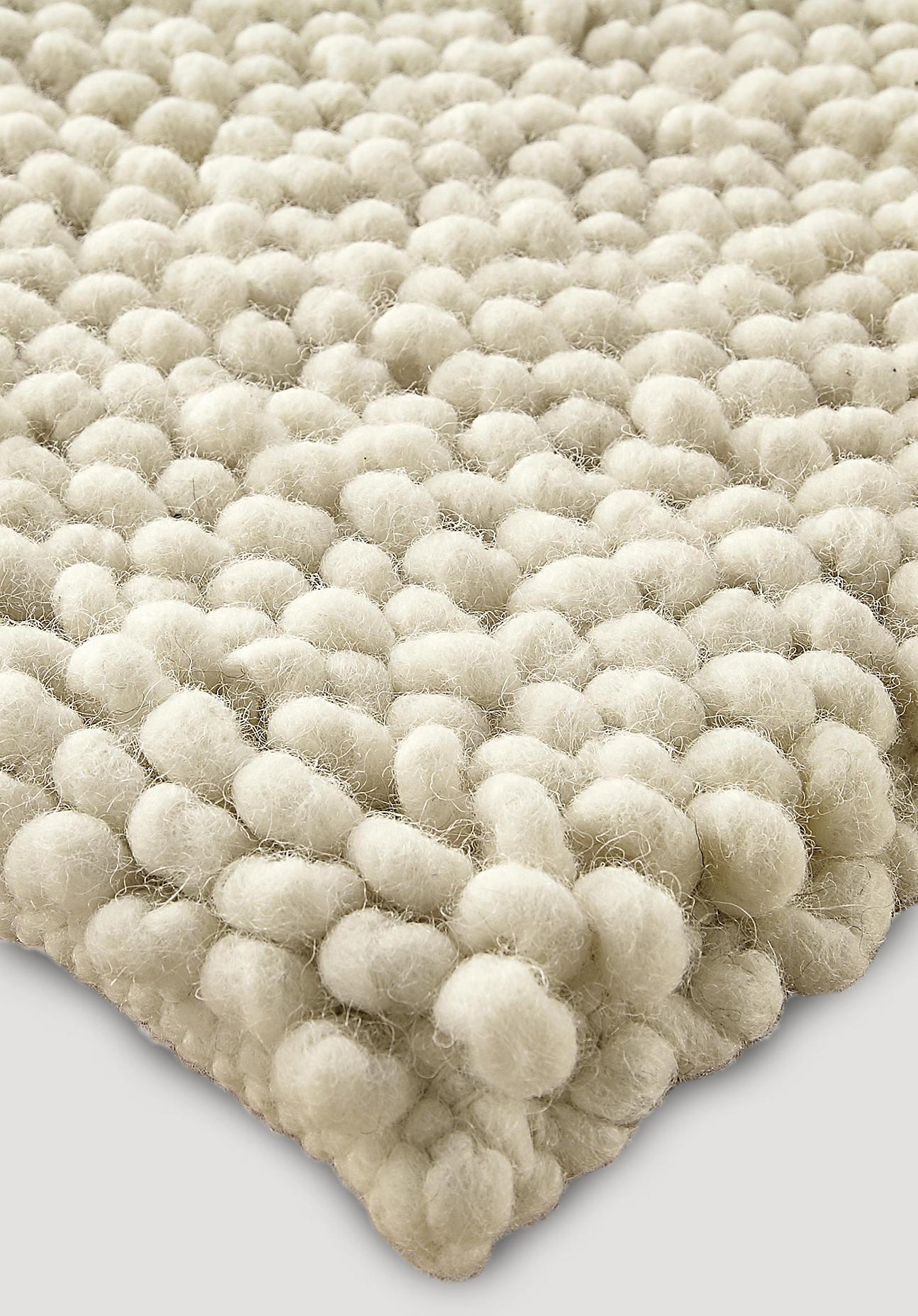 hessnatur Schlingenteppich Deichschaf aus Schurwolle – naturfarben – Größe 70x140 cm