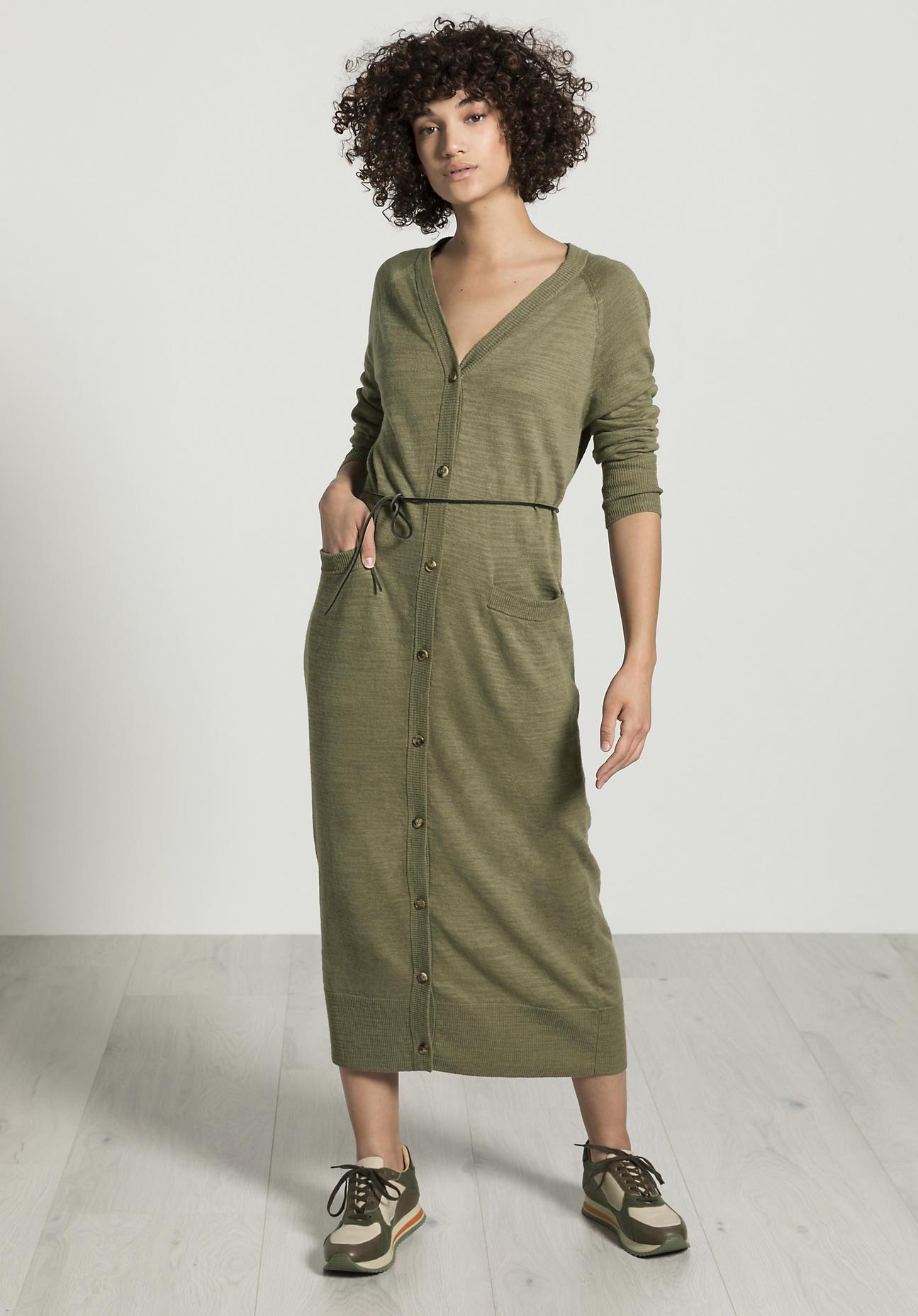hessnatur Damen Strickmantel aus Leinen mit Bio-Baumwolle - grün Größe 42