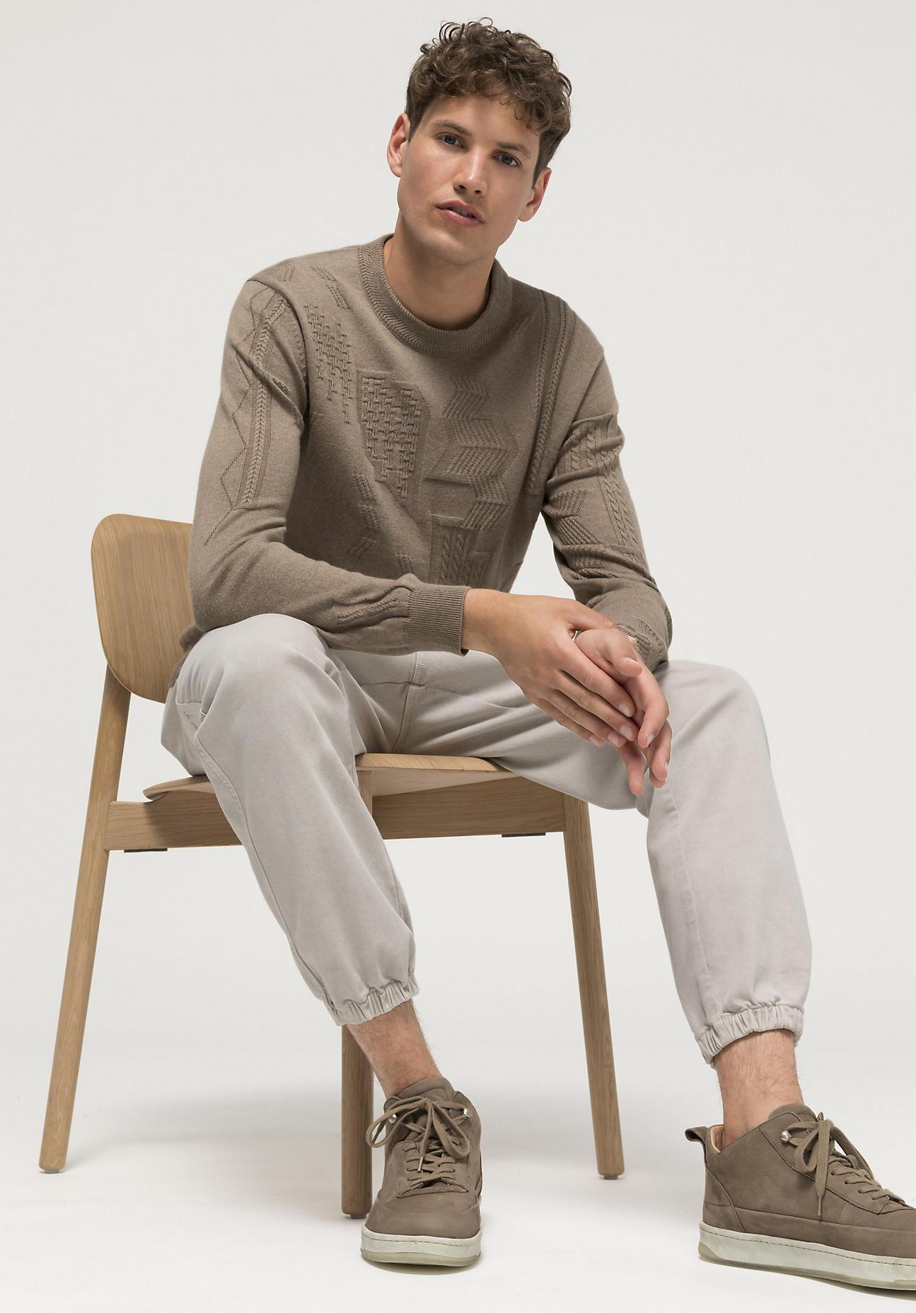hessnatur Herren Struktur-Pullover mineralgefärbt aus Bio-Baumwolle mit Kaschmir - braun Größe 56
