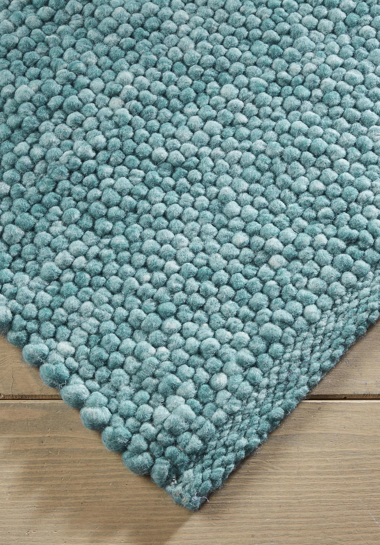 hessnatur Teppich Rhönschaf aus Schurwolle – grün – Größe 70x140 cm