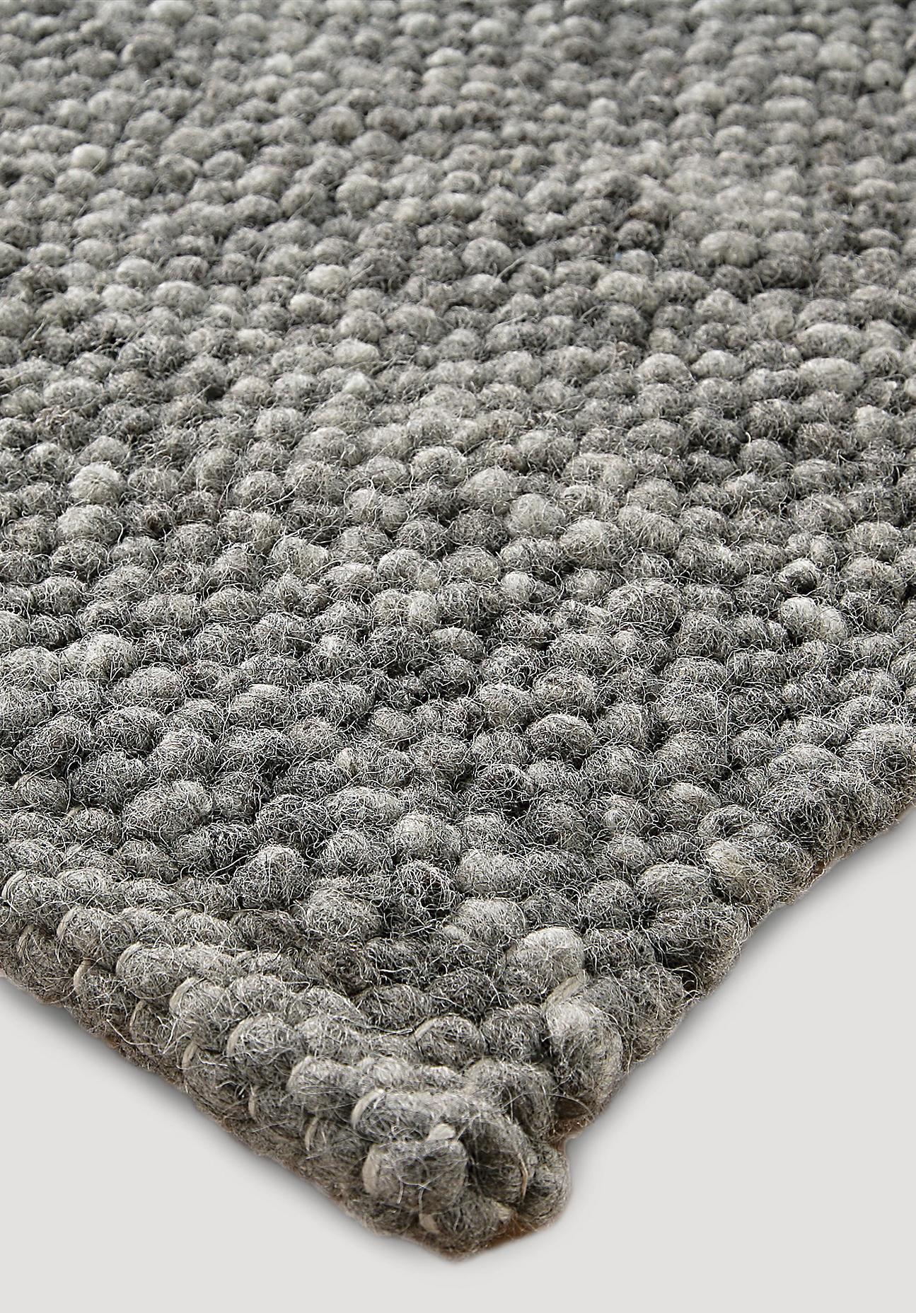 hessnatur Teppich Rhönschaf aus Schurwolle – grau – Größe 70x140 cm