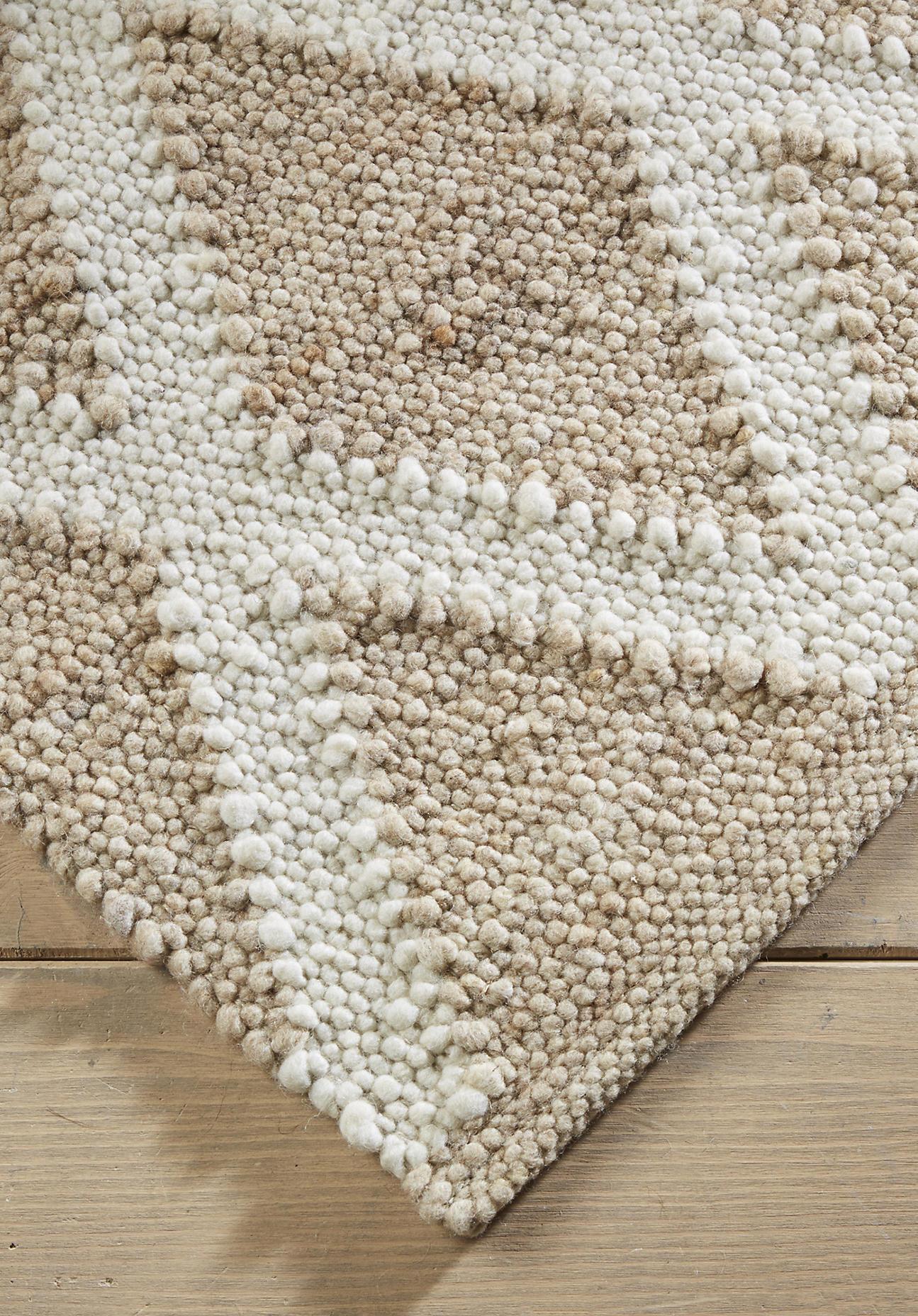 hessnatur Teppichläufer Raute aus Schurwolle – beige – Größe 70x140 cm