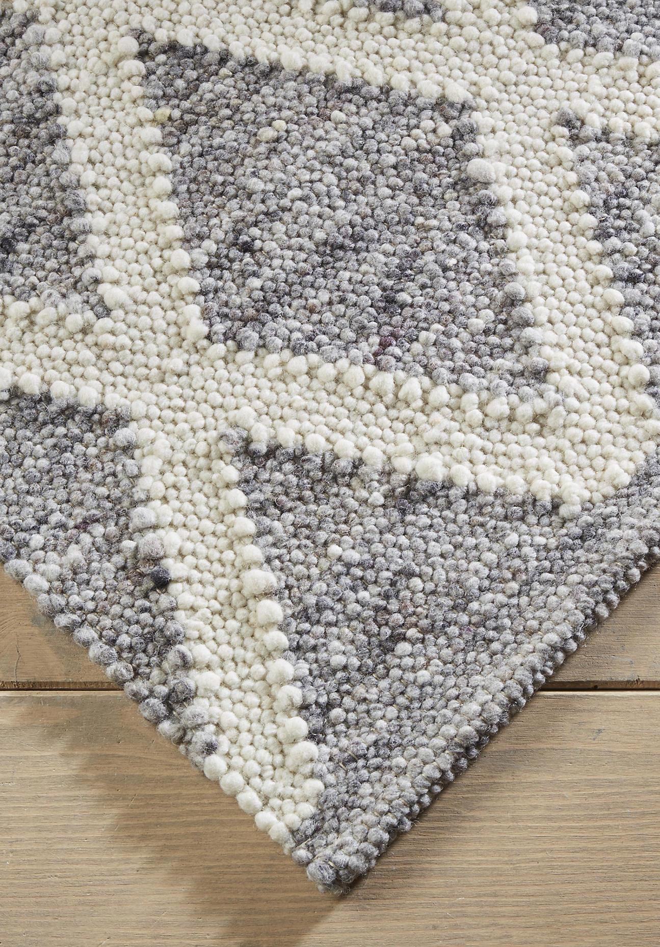 hessnatur Teppichläufer Raute aus Schurwolle – grau – Größe 70x140 cm