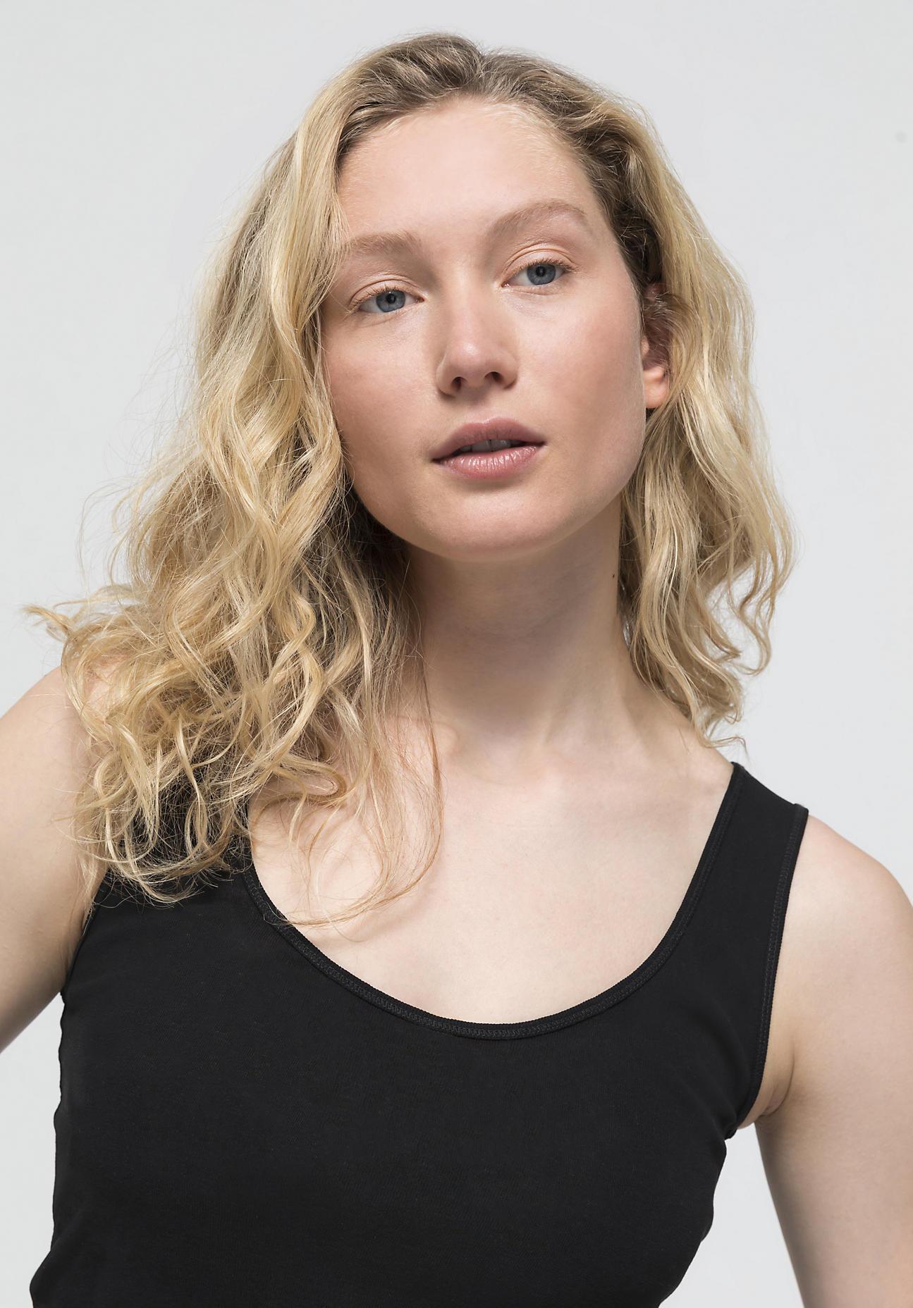 hessnatur Damen Träger-Top aus Bio-Baumwolle - schwarz Größe 40