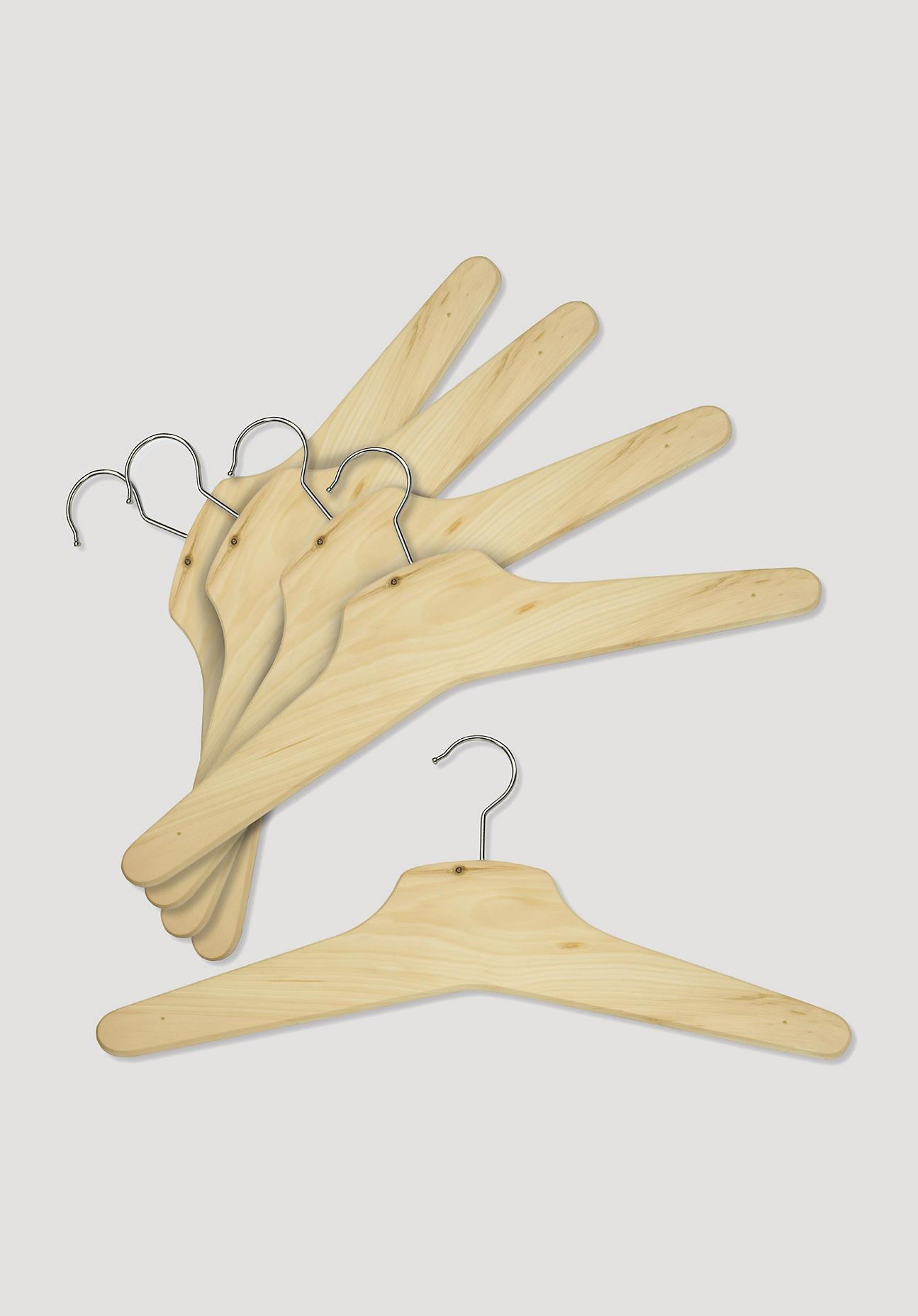 hessnatur Zirbenholz-Kleiderbügel – naturfarben – Größe 45cm