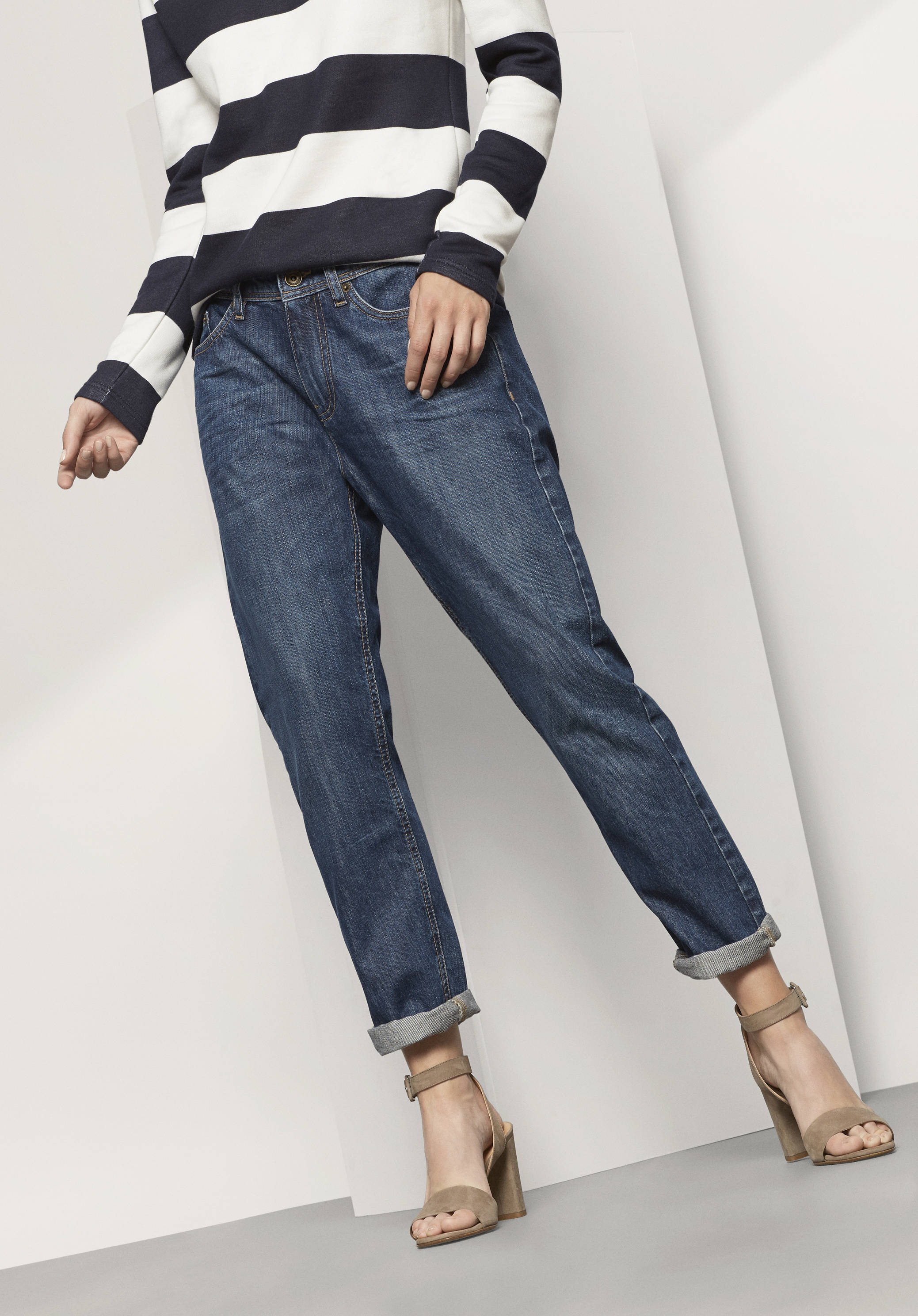 g nstige nachhaltige jeans f r damen und herren hessnatur deutschland. Black Bedroom Furniture Sets. Home Design Ideas