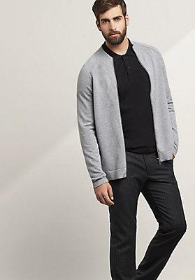 - Basic-Strickjacke aus reiner Bio-Baumwolle