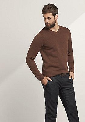 - Basic V Pullover aus reiner Bio-Baumwolle