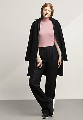 - Hose aus reiner Schurwolle