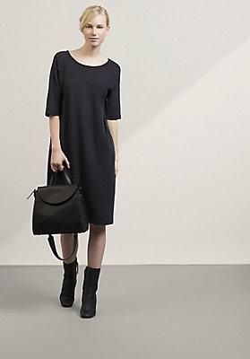 - Kleid aus Bio-Schurwolle mit Bio-Baumwolle