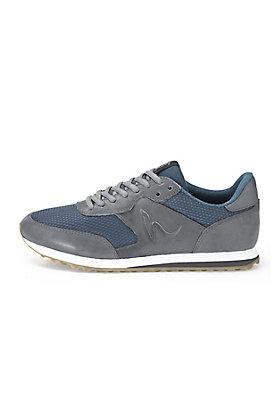 - Sneaker