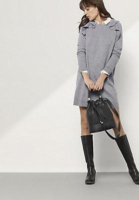 - Strickkleid aus reiner Schurwolle