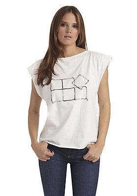 - Zero Waste Shirt