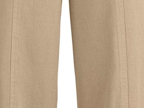 7/8 trousers made of organic cotton with linen