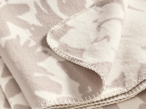 Bed recycling Maija cotton blanket made from pure organic cotton