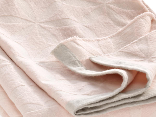 Decke Blüte aus reiner Bio-Baumwolle