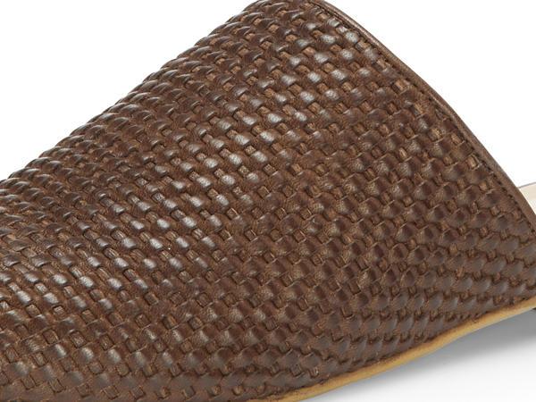 Flecht-Sabot aus chromfrei gegerbtem Leder