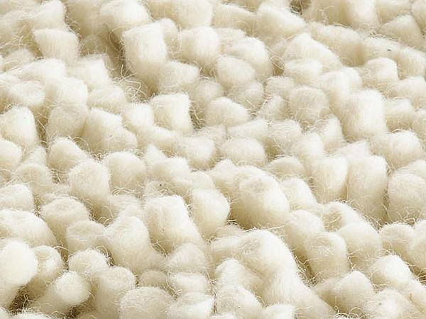 Florteppich Deichschaf aus reiner Schurwolle