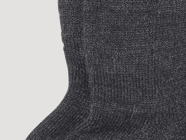 Hiking socks made from pure organic merino wool