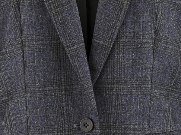 Karo-Blazer aus reiner Schurwolle