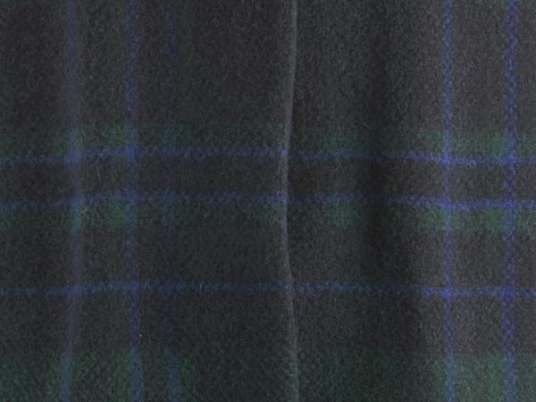Karo-Mantel aus reiner Merino-Wolle