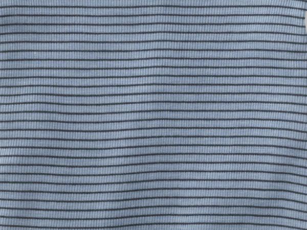 Kurzarmshirt aus Bio-Merinowolle und Seide