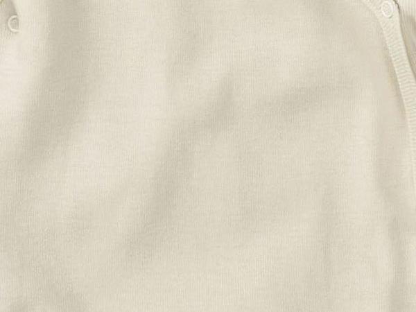 Langarm-Wickelbody aus Bio-Merinowolle mit Seide