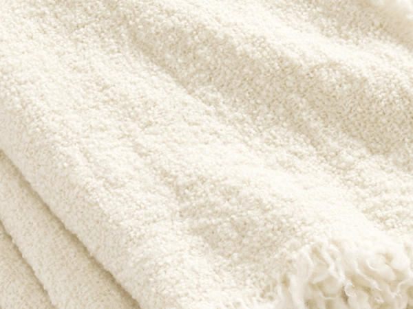 Limited by Nature bouclé blanket Mava made of pure new wool
