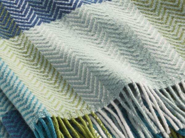 Merino plaid Elgin made from pure merino wool