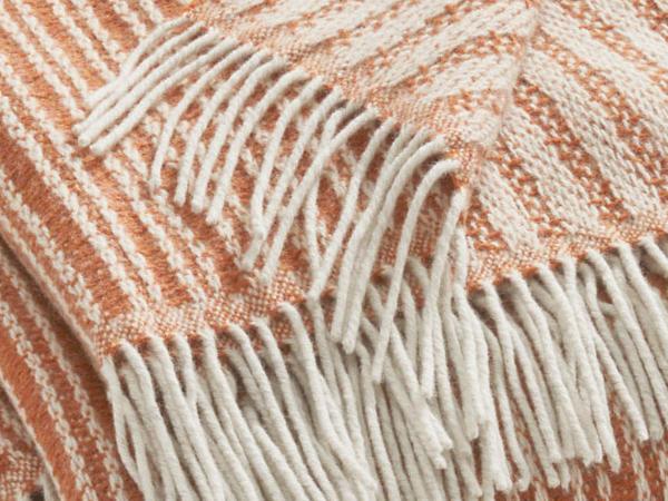 New wool plaid Tarek made of pure new wool