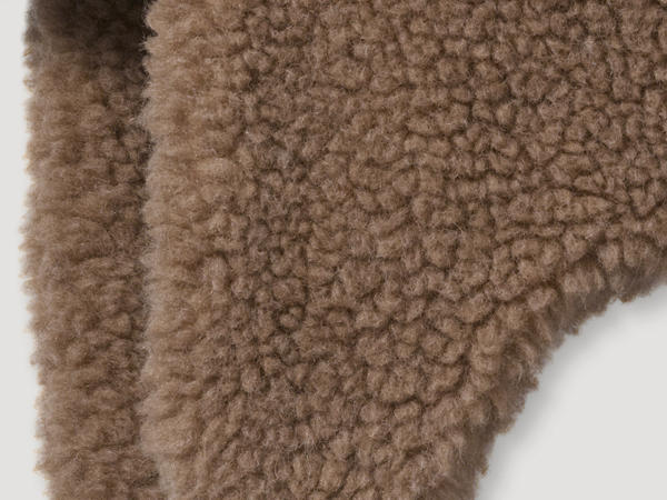 New wool teddy hat with camel hair