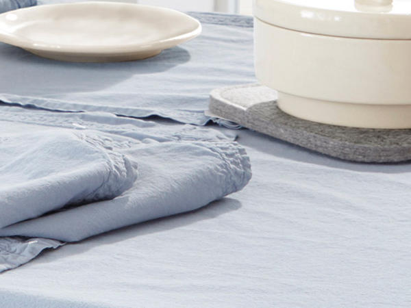 Percale tablecloth made from pure organic cotton
