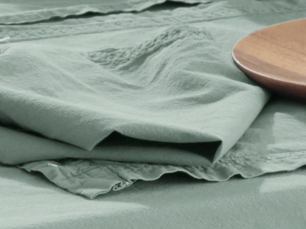 Perkal-Tischtuch aus reiner Bio-Baumwolle