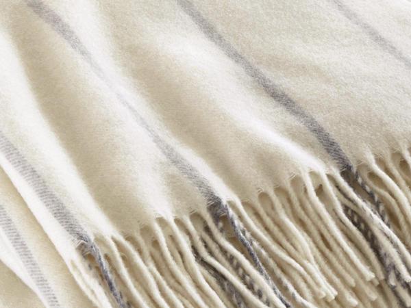 Plaid Pura made of cashmere and merino wool