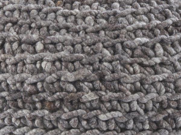 Pouf aus reiner Schurwolle