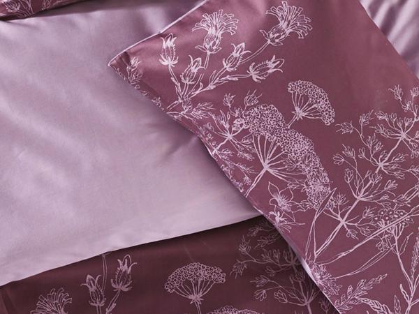 Satin-Wendebettwäsche Blütenwiese aus reiner Bio-Baumwolle