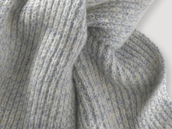 Schal pflanzengefärbt aus Bio-Merinowolle
