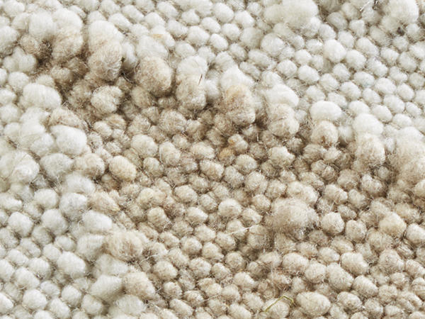 Schurwoll-Teppich mit Rautenmuster