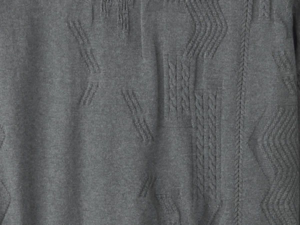 Textured sweater made of mineral-dyed organic cotton with cashmere